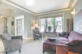 Photo 2: 17 Simcrest Manor SW in Calgary: Signal Hill Detached for sale : MLS®# A1128718