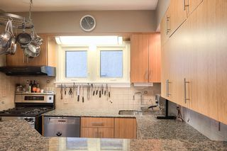 Photo 9: 1042 Grosvenor Avenue in Winnipeg: Crescentwood Single Family Detached for sale (1Bw)  : MLS®# 1908484