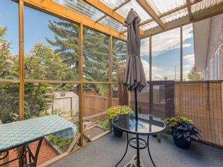 Photo 16: 20 FALCONRIDGE Place NE in Calgary: Falconridge Semi Detached for sale : MLS®# C4302854
