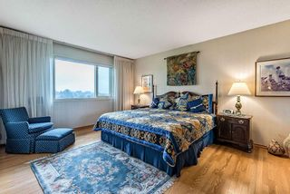 Photo 18: 20 140 STRATHAVEN Circle SW in Calgary: Strathcona Park Semi Detached for sale : MLS®# C4306034