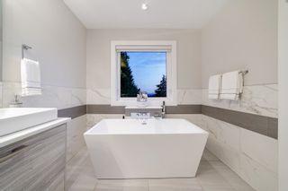 Photo 18: 517 GRANADA Crescent in North Vancouver: Upper Delbrook House for sale : MLS®# R2615057