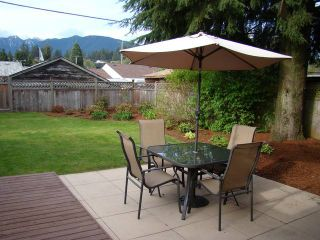 Photo 9: 1428 SOWDEN Street in North Vancouver: Norgate House for sale : MLS®# V826180