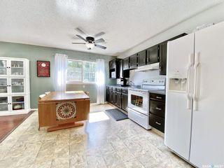 Photo 7: 330 McTavish Street in Outlook: Residential for sale : MLS®# SK870442