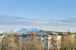 Photo 2: 308 20219 54A AVENUE in Langley: Langley City Condo for sale : MLS®# R2333974