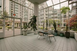"""Photo 13: B705 1331 HOMER Street in Vancouver: Yaletown Condo for sale in """"PACIFIC POINT"""" (Vancouver West)  : MLS®# V990433"""