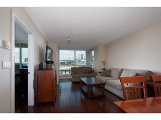 """Photo 3: 408 125 MILROSS Avenue in Vancouver: Mount Pleasant VE Condo for sale in """"Citygate at Creekside"""" (Vancouver East)  : MLS®# V1058949"""