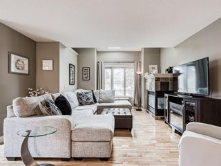 Photo 5: 4339 2 Street NW in Calgary: Highland Park Semi Detached for sale : MLS®# A1092549