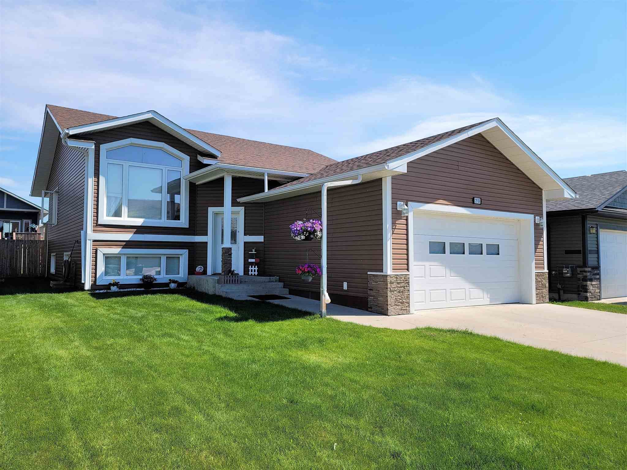 Main Photo: 2918 Goldenrod Gate: Cold Lake House for sale : MLS®# E4252334