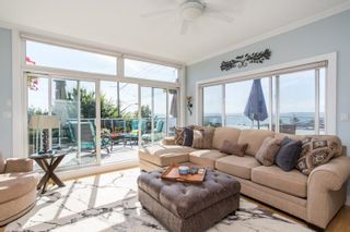 """Photo 11: 1246 OXFORD Street: White Rock House for sale in """"HILLSIDE"""" (South Surrey White Rock)  : MLS®# R2615976"""