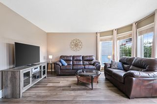 Photo 2: 206 Arbour Grove Close NW in Calgary: Arbour Lake Detached for sale : MLS®# A1147031