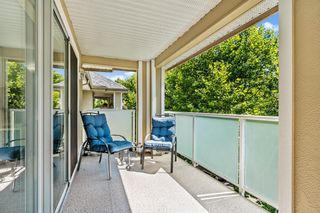 """Photo 18: 303 20145 55A Avenue in Langley: Langley City Condo for sale in """"BLACKBERRY LANE"""" : MLS®# R2609677"""