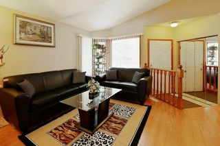 Photo 4: 14 PASADENA Garden NE in Calgary: Monterey Park Detached for sale : MLS®# C4198609