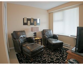 Photo 5: 1606 235 GUILDFORD Way in Port_Moody: North Shore Pt Moody Condo for sale (Port Moody)  : MLS®# V772912