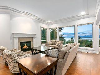 """Photo 10: 12929 CRESCENT Road in Surrey: Elgin Chantrell House for sale in """"CRESCENT ROAD"""" (South Surrey White Rock)  : MLS®# R2617700"""