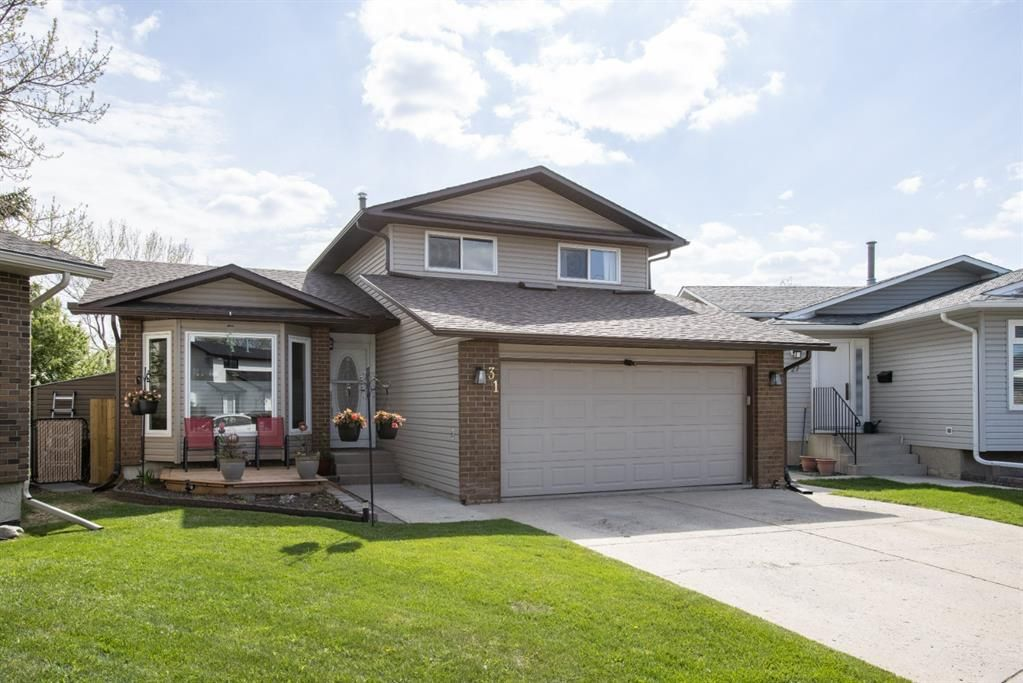 Main Photo: 31 Mchugh Place NE in Calgary: Mayland Heights Detached for sale : MLS®# A1111155