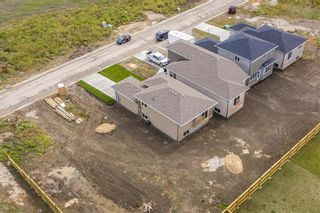 Photo 18: 8 Briarfield Court in Niverville: Fifth Avenue Estates Residential for sale (R07)  : MLS®# 202101608