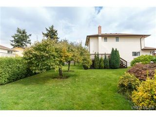 Photo 18: 795 Pepin Pl in VICTORIA: SW Northridge House for sale (Saanich West)  : MLS®# 712975