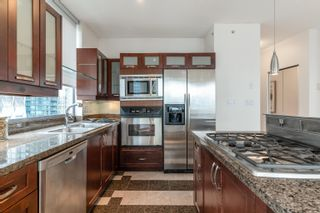 """Photo 11: 1101 1228 W HASTINGS Street in Vancouver: Coal Harbour Condo for sale in """"PALLADIO"""" (Vancouver West)  : MLS®# R2616031"""