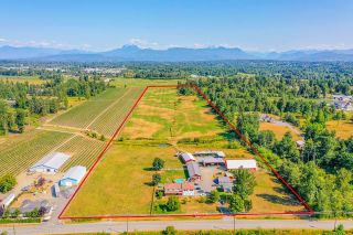 Photo 1: 27739 DOWNES Road in Abbotsford: Aberdeen House for sale : MLS®# R2602670