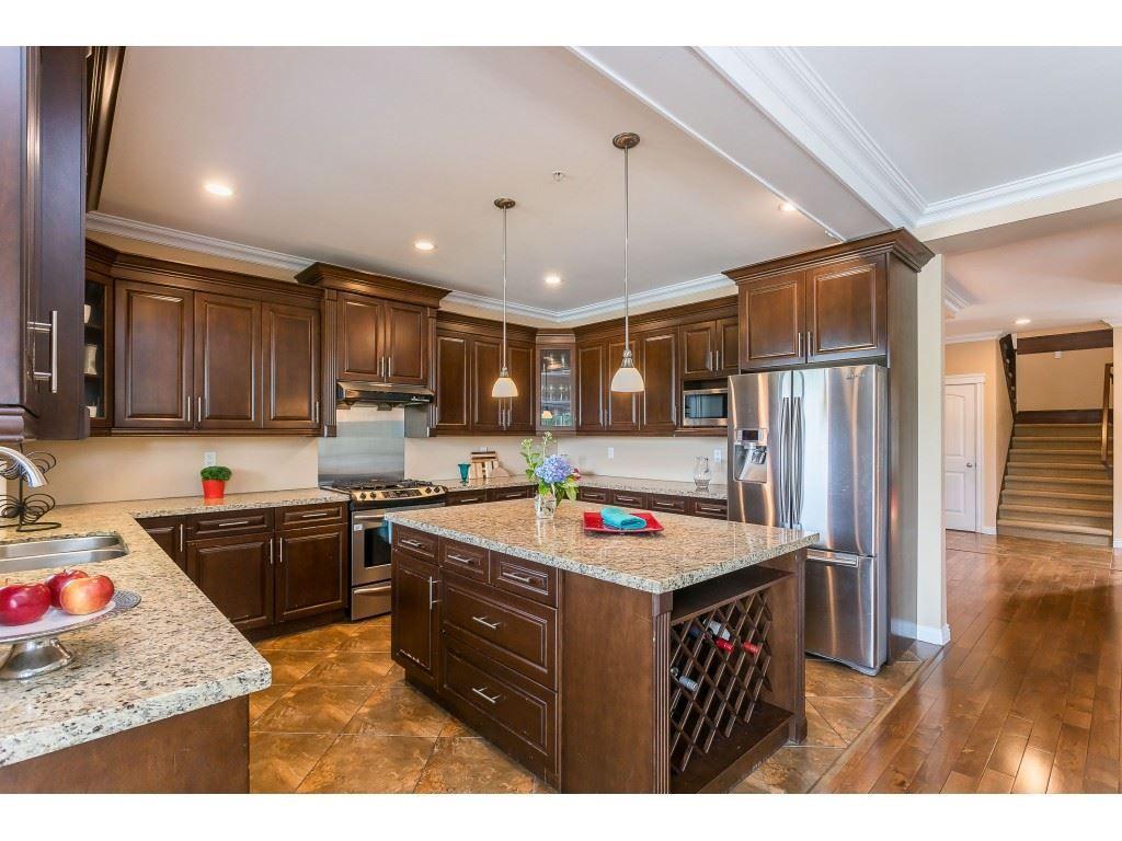 "Photo 6: Photos: 12457 DAVENPORT Drive in Maple Ridge: Northwest Maple Ridge House for sale in ""MCIVOR MEADOWS"" : MLS®# R2483626"