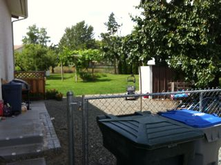Photo 9: 2787 Joyce Avenue in Kamloops: Brocklehurst Residential Attached for sale : MLS®# 106599