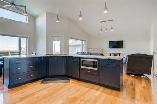 Photo 2: 2013 31 Avenue: Nanton Detached for sale : MLS®# C4299425