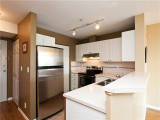 """Photo 5: 403 1688 E 4TH Avenue in Vancouver: Grandview VE Condo for sale in """"LA CASA"""" (Vancouver East)  : MLS®# V846853"""