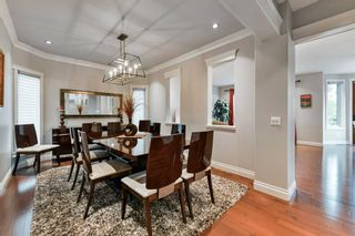 Photo 3: 80 Rockcliff Point NW in Calgary: Rocky Ridge Detached for sale : MLS®# A1150895