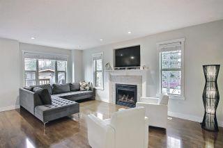 Photo 5: 9502 86 Avenue in Edmonton: Zone 18 House Half Duplex for sale : MLS®# E4241046