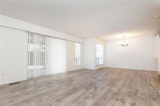 """Photo 5: 35 6140 192 Street in Surrey: Cloverdale BC Townhouse for sale in """"The Estates at Manor Ridge"""" (Cloverdale)  : MLS®# R2396053"""