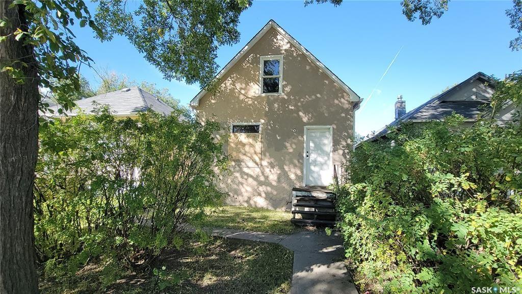 Main Photo: 928 RAE Street in Regina: Washington Park Residential for sale : MLS®# SK870342