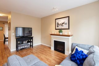 """Photo 8: 13 16789 60 Avenue in Surrey: Cloverdale BC Townhouse for sale in """"LAREDO"""" (Cloverdale)  : MLS®# R2623351"""