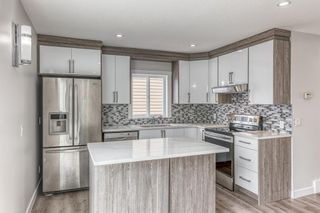 Photo 6: 5233 Martin Crossing Drive NE in Calgary: Martindale Detached for sale : MLS®# A1110063