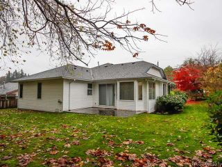 Photo 11: 755 Hobson Ave in COURTENAY: CV Courtenay East House for sale (Comox Valley)  : MLS®# 686151
