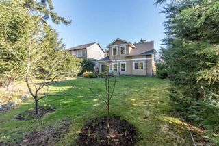 Photo 11: 2307 Chilco Rd in VICTORIA: VR Six Mile House for sale (View Royal)  : MLS®# 808892