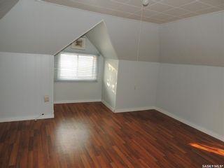 Photo 14: 214 Railway Avenue in Lampman: Residential for sale : MLS®# SK866334