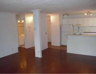 Photo 4: 4 2512 15 Street SW in Calgary: Bankview Apartment for sale : MLS®# A1118357