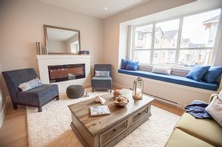 Photo 5: 20856 76 Avenue in Langley: Willoughby Heights Townhouse for sale
