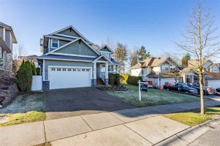 Photo 2: 35392 MCKINLEY Drive: House for sale in Abbotsford: MLS®# R2550592