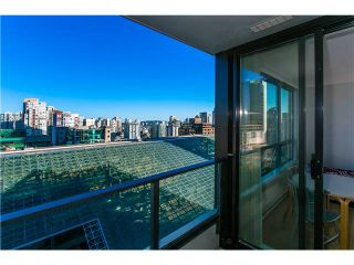 Photo 3: # 1531 938 SMITHE ST in Vancouver: Downtown VW Condo for sale (Vancouver West)  : MLS®# V1019533
