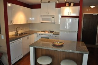Photo 3: 605 175 W 1ST Street in North Vancouver: Lower Lonsdale Condo for sale : MLS®# V1021025