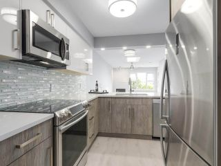 """Photo 12: 312 4893 CLARENDON Street in Vancouver: Collingwood VE Condo for sale in """"CLARENDON PLACE"""" (Vancouver East)  : MLS®# R2216672"""