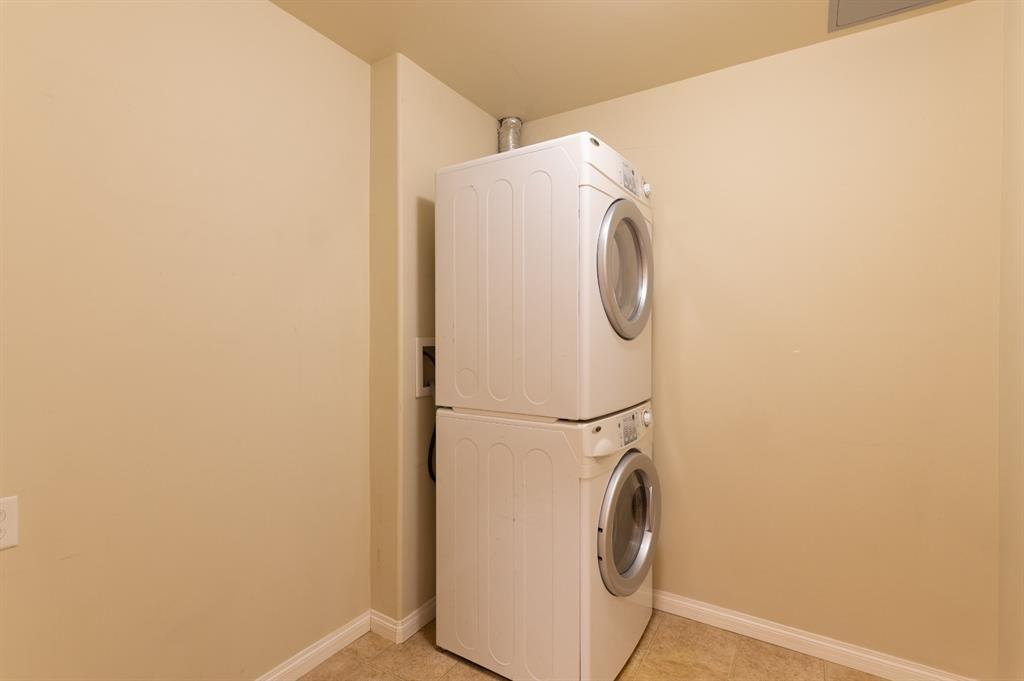 Photo 15: Photos: 306 290 Plamondon Drive: Fort McMurray Apartment for sale : MLS®# A1127119