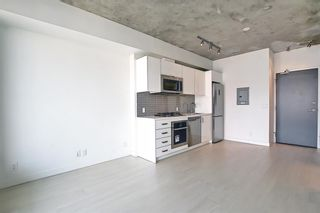Photo 5: 2405 1010 6 Street SW in Calgary: Beltline Apartment for sale : MLS®# A1130391