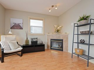 Photo 5: 4 27283 30 AVENUE in Langley: Aldergrove Langley Townhouse for sale : MLS®# R2371942
