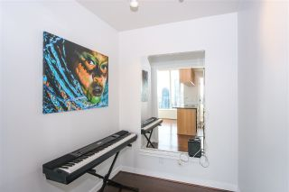 "Photo 8: PH2404 1010 RICHARDS Street in Vancouver: Yaletown Condo for sale in ""Gallery"" (Vancouver West)  : MLS®# R2420892"