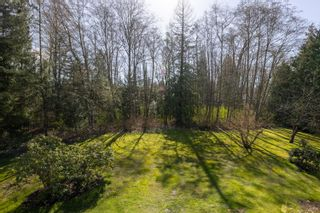 """Photo 24: 17418 HILLVIEW Place in Surrey: Grandview Surrey House for sale in """"Country Woods"""" (South Surrey White Rock)  : MLS®# R2619162"""
