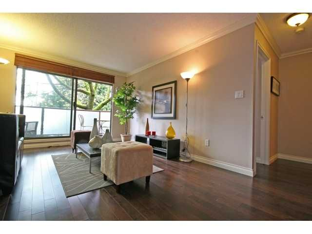 """Photo 5: Photos: 105 2150 BRUNSWICK Street in Vancouver: Mount Pleasant VE Condo for sale in """"MOUNT PLEASANT PLACE"""" (Vancouver East)  : MLS®# V884597"""