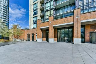"""Photo 17: 2202 10777 UNIVERSITY Drive in Surrey: Whalley Condo for sale in """"CITY POINT"""" (North Surrey)  : MLS®# R2564095"""