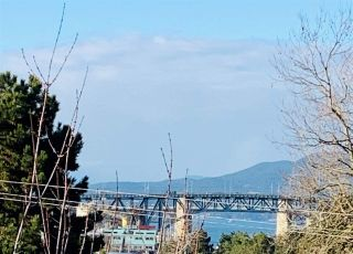 """Main Photo: 46 870 W 7TH Avenue in Vancouver: Fairview VW Townhouse for sale in """"Laurel Court"""" (Vancouver West)  : MLS®# R2537900"""